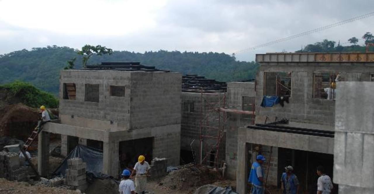Los nuevos proyectos habitacionales tienen un gran atractivo para la comunidad de salvadoreños que viven en el exterior.