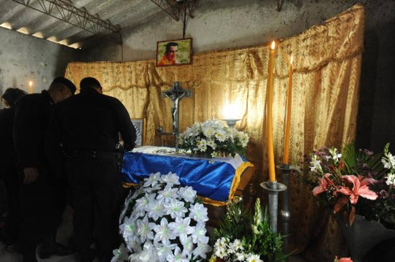 Capturan a otros 2 pandilleros vinculados al asesinato de un policía en San Pedro Perulapán