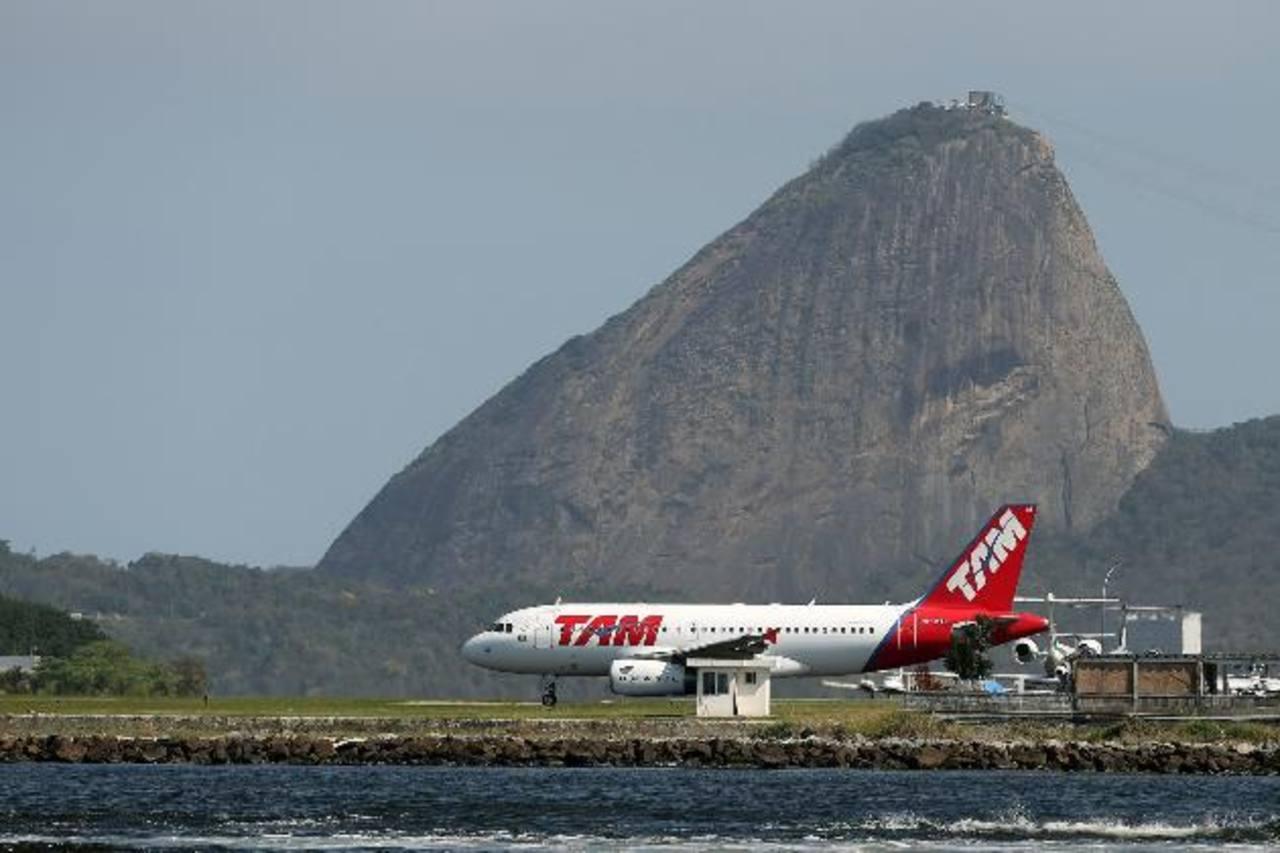 En la América hispana el tráfico de pasajeros creció 7.3 % en septiembre y acumuló un alza del 6 %. foto edh /