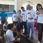 Las demostraciones de lavado de dientes también fueron parte del evento con muchos niños de la comunidad beneficiada. Foto edh / Magdalena Reyes