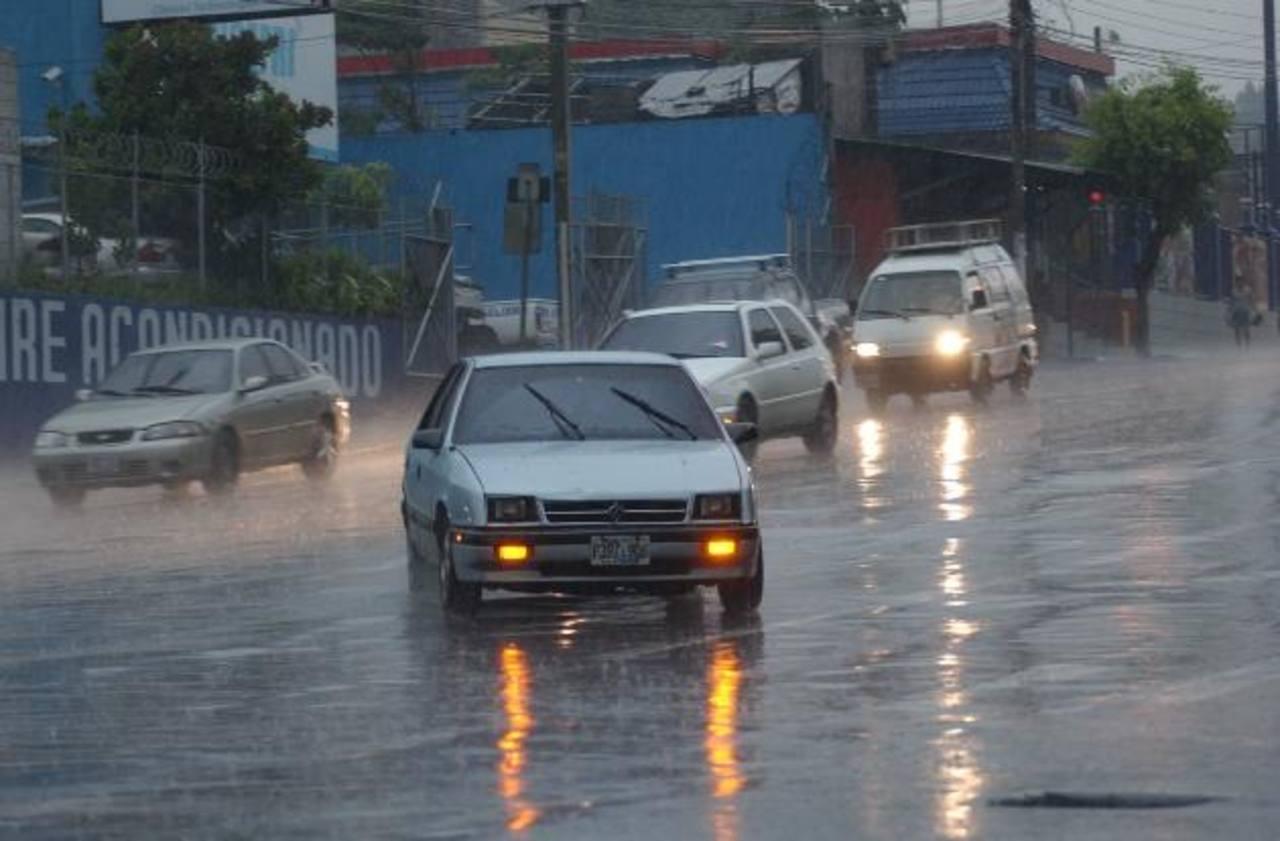 Las lluvias continuarán durante los próximos tres días