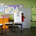 Cierra la mayoría de los colegios electorales de Brasil