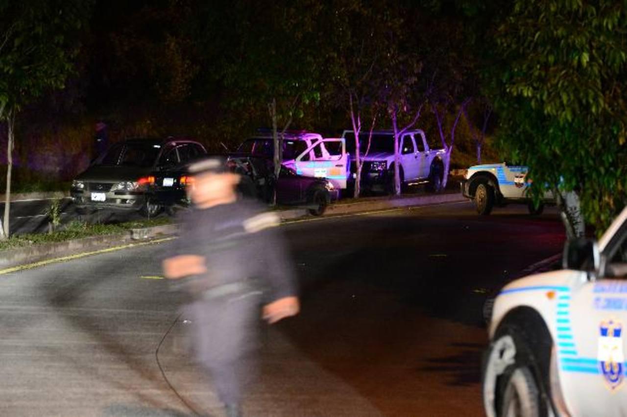 Un muerto y tres heridos dejó un intento de robo en la 75a. Avenida Norte. Foto EDH / J. Reyes