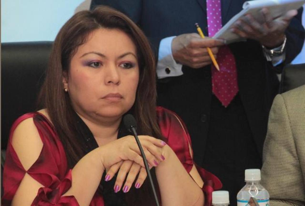 La superintendenta de la Siget, Blanca Coto, no firmó la resolución de suspensión, sino el gerente de Telecomunicaciones.