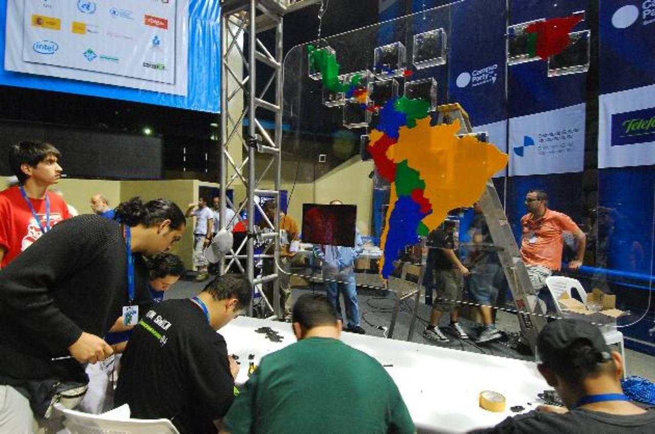 El Campus Party se llevó a cabo por primera vez en El Salvador en 2008, en el marco de la XVIII Cumbre Iberoamericana.