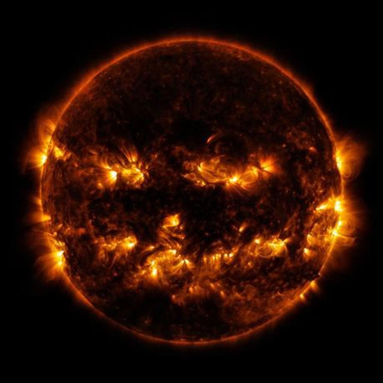 NASA capta el Sol de calabaza
