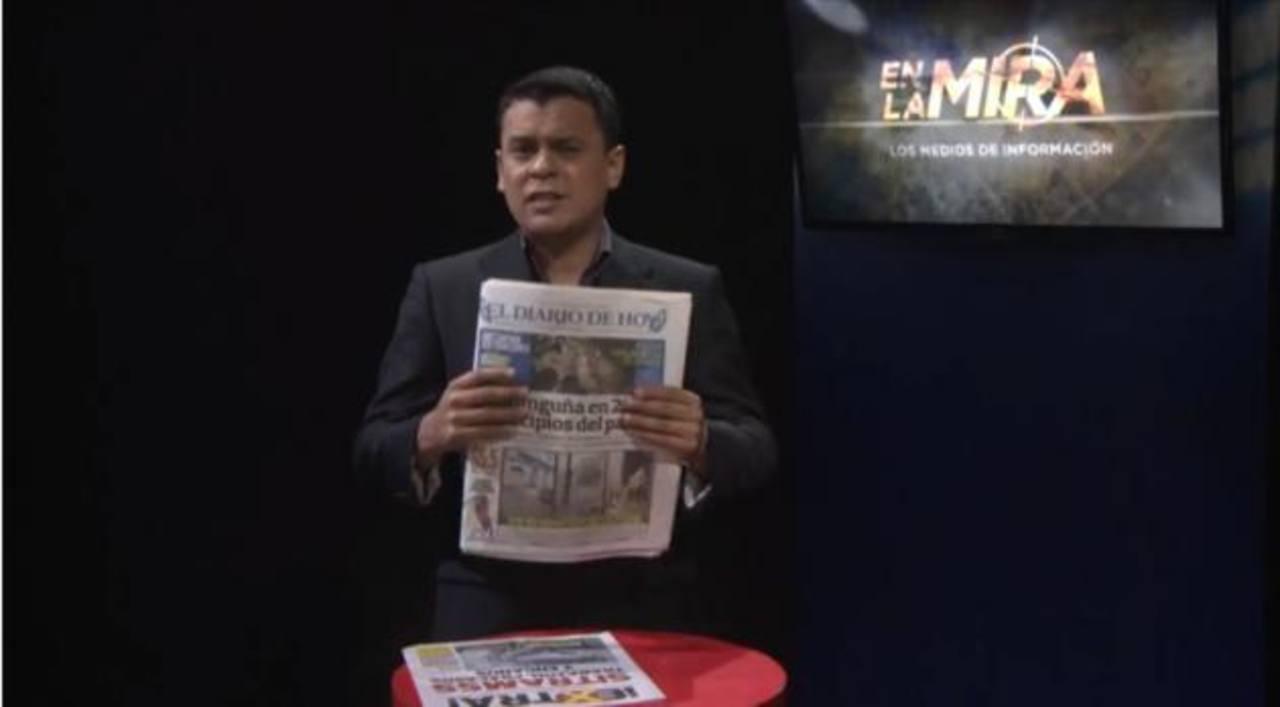 """Así presenta sus críticas a la cobertura de los demás medios el canal 29 Gentevé a través del programa """"En la mira"""". El 25 de septiembre lanzó sus dardos contra El Diario de Hoy."""