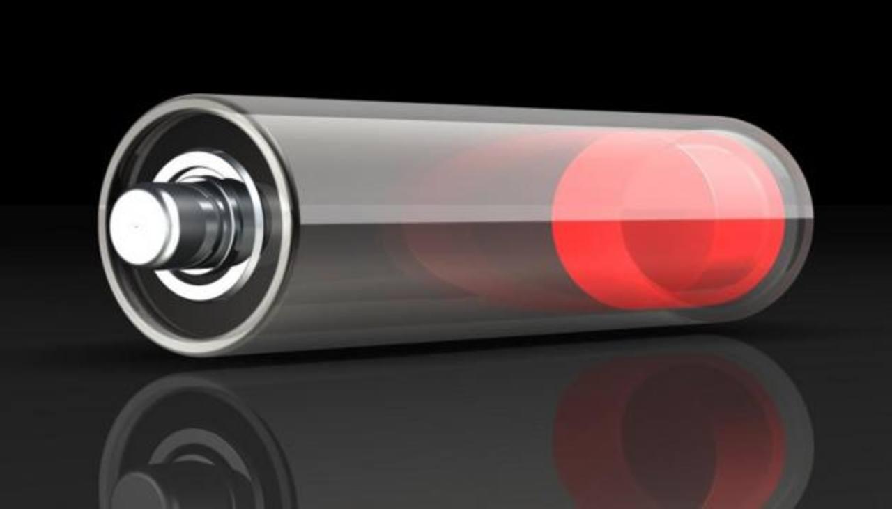 Desarrollan batería que necesita sólo dos minutos de carga para durar 20 años