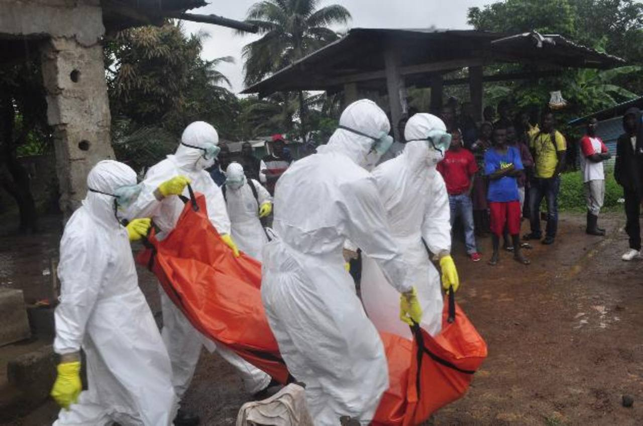 La OMS confirma que casi 10,000 personas se han infectado con virus del ébola