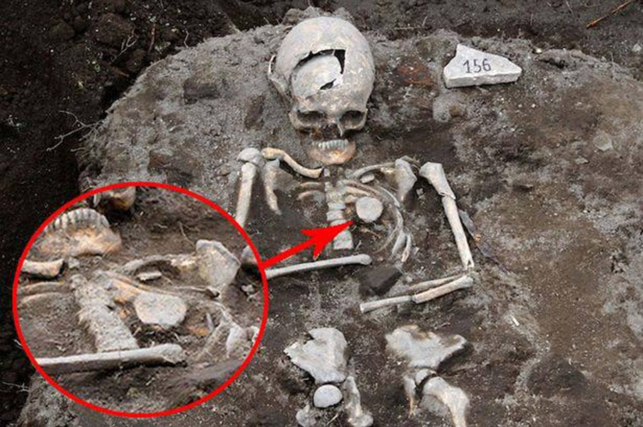 "Descubren la tumba de un ""vampiro"" en Bulgaria"