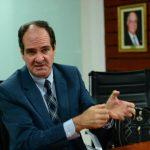 Alberto Majó es especialista en gestión de la ciencia, la tecnología y la innovación. Fotos EDH / JORGE REYES