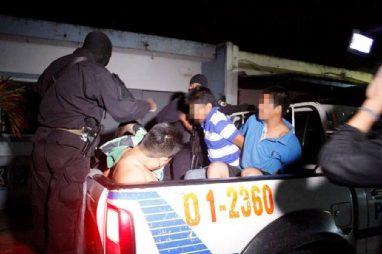 Policía desarrolló lunes y martes operativos simultáneos en diversos puntos del país. Foto EDH / Cortesía PNC.