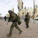 Un atacante muerto en el Parlamento en Ottawa tras disparar contra un soldado