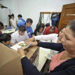 Las 31 mesas electorales habilitadas en Murcia para que los 7,359 bolivianos censados en esta Región, Almería, Albacete, Alicante y Granada puedan votar en las elecciones.
