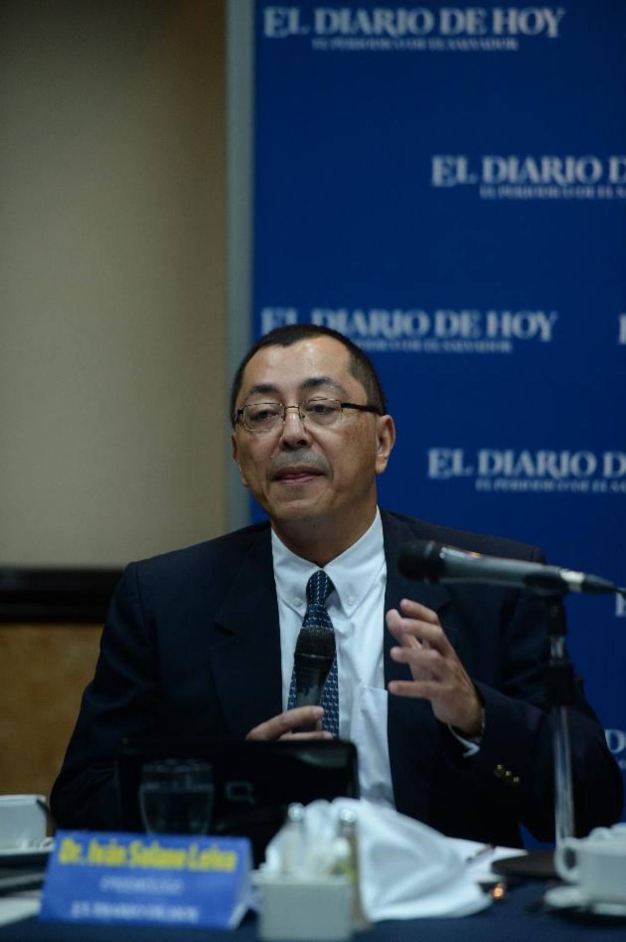 Dr. Iván Solano Leiva Profesión: Médico Infectólogo Cargo: ejerce en una institución autónomaFoto EDH / marlon hernández