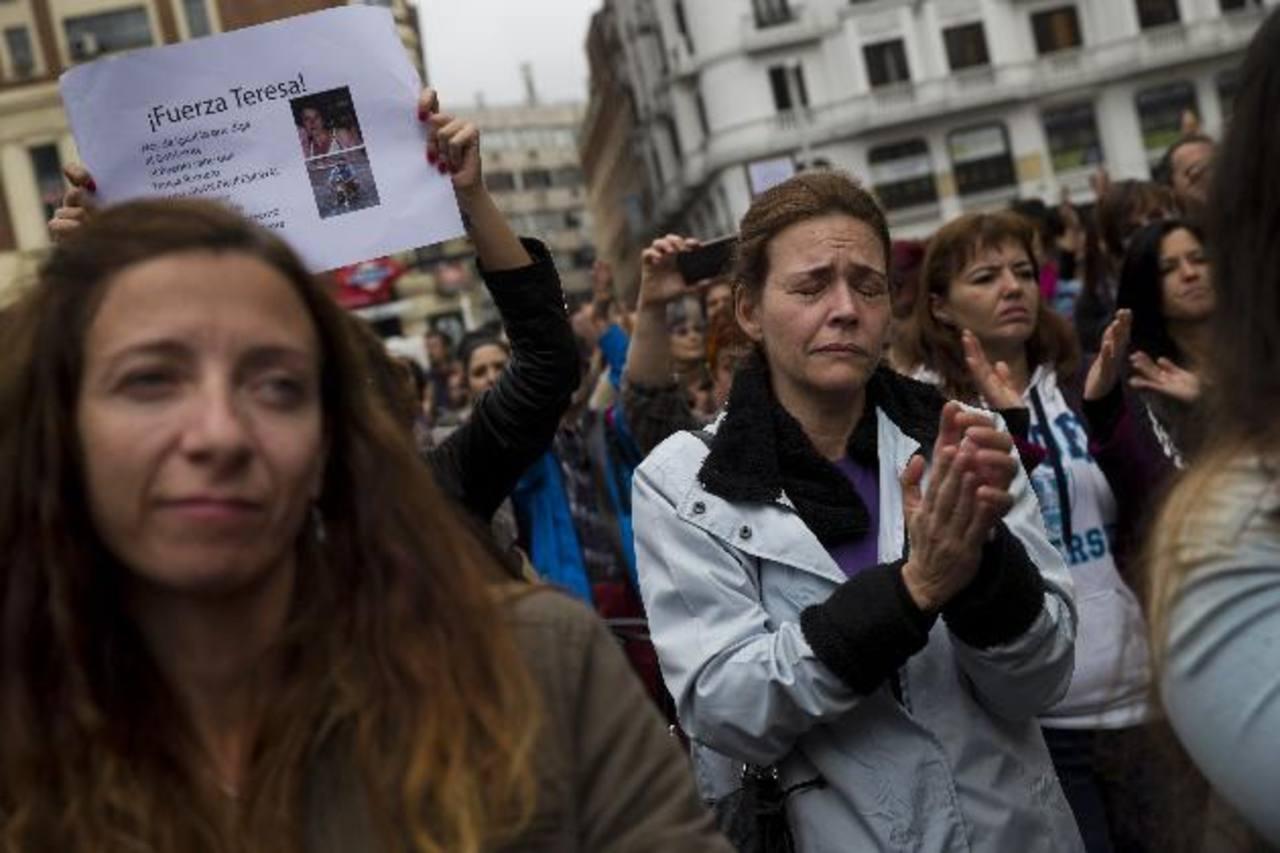 El gremio de trabajadores de salud se han solidarizado con Teresa y han criticado la gestión de las autoridades. edh / archivo