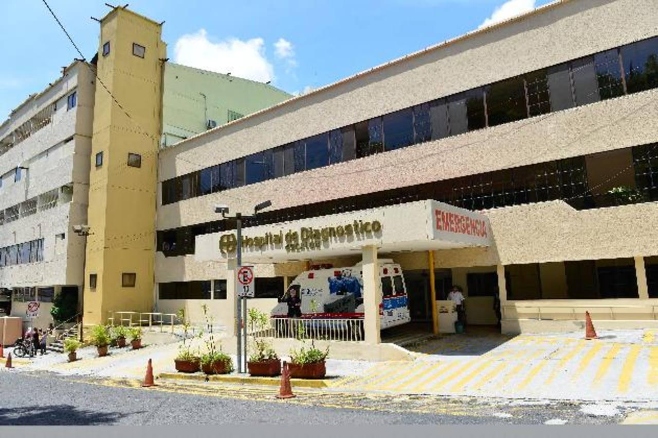 La red de hospitales privados en El Salvador está en constante inversión en tecnología, equipos y servicios. foto EDH/archivo