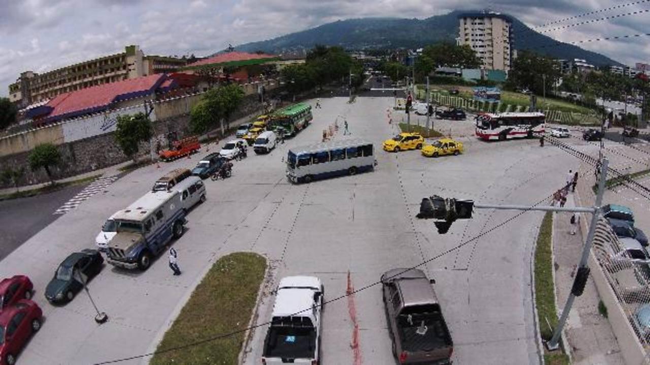 El centro de control será instalado en la terminal de Integración, en Soyapango, pero no está finalizada. Foto EDH / archivo