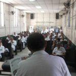 Médicos del hospital Rosales en asamblea general.