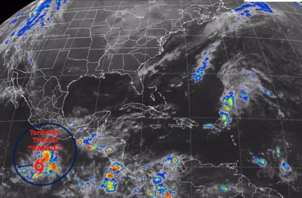 Tormenta Vance se convertiría en huracán el domingo