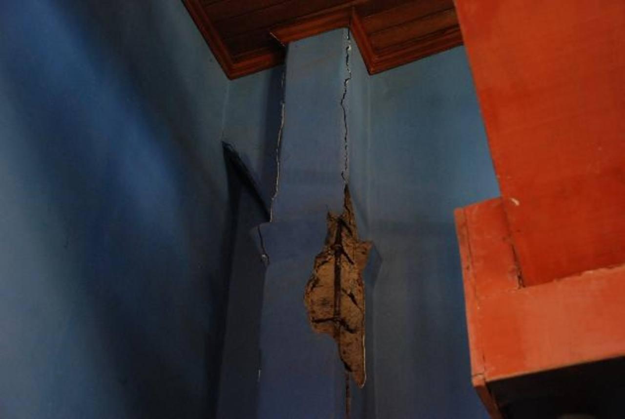 Registran daños en varios edificios que son patrimonio