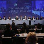 """Vista general de la """"Comisión de Libertad de Prensa e Información"""", en el marco de la 70 Asamblea General de la SIP que se realiza en Santiago (Chile) y que concluyó ayer. foto edh / EFE"""