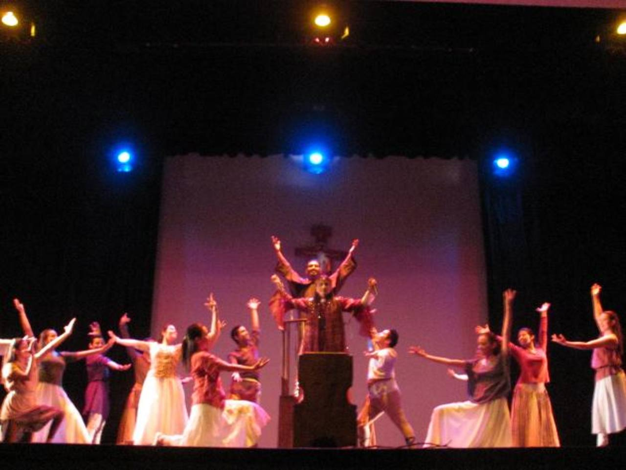 La obra de teatro musical es a beneficio de la campaña #SolidarízateSV, de la Fundación Huellas. Foto EDH / cortesía