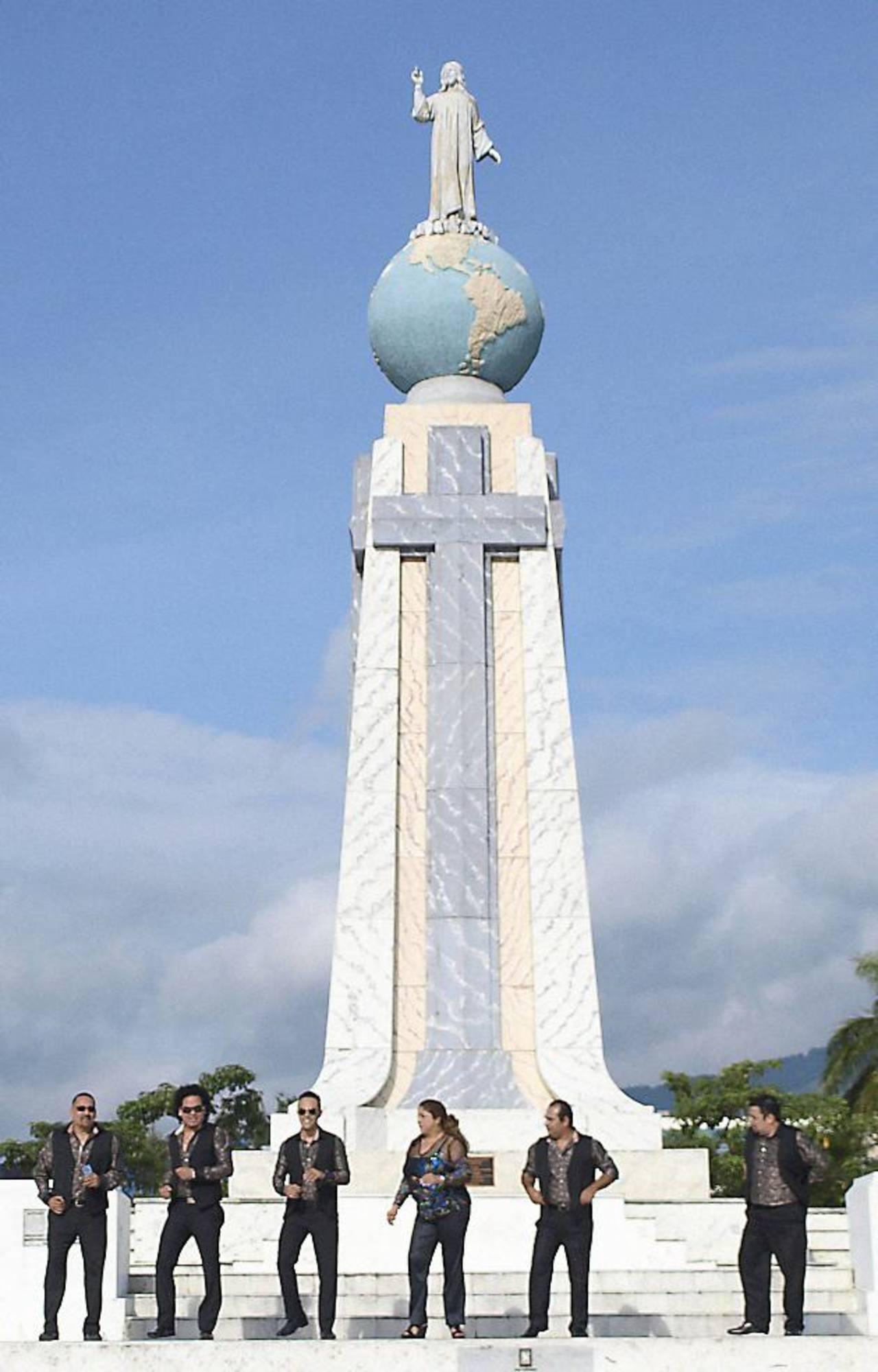 El renovado tema ya acumula más de 29,383 vistas en el Mediacenter del sitio elsalvador.com.