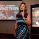 Durante la presentación, Claudia Flores, gerente general OMD El Salvador. Foto EDH / Mario Díaz .