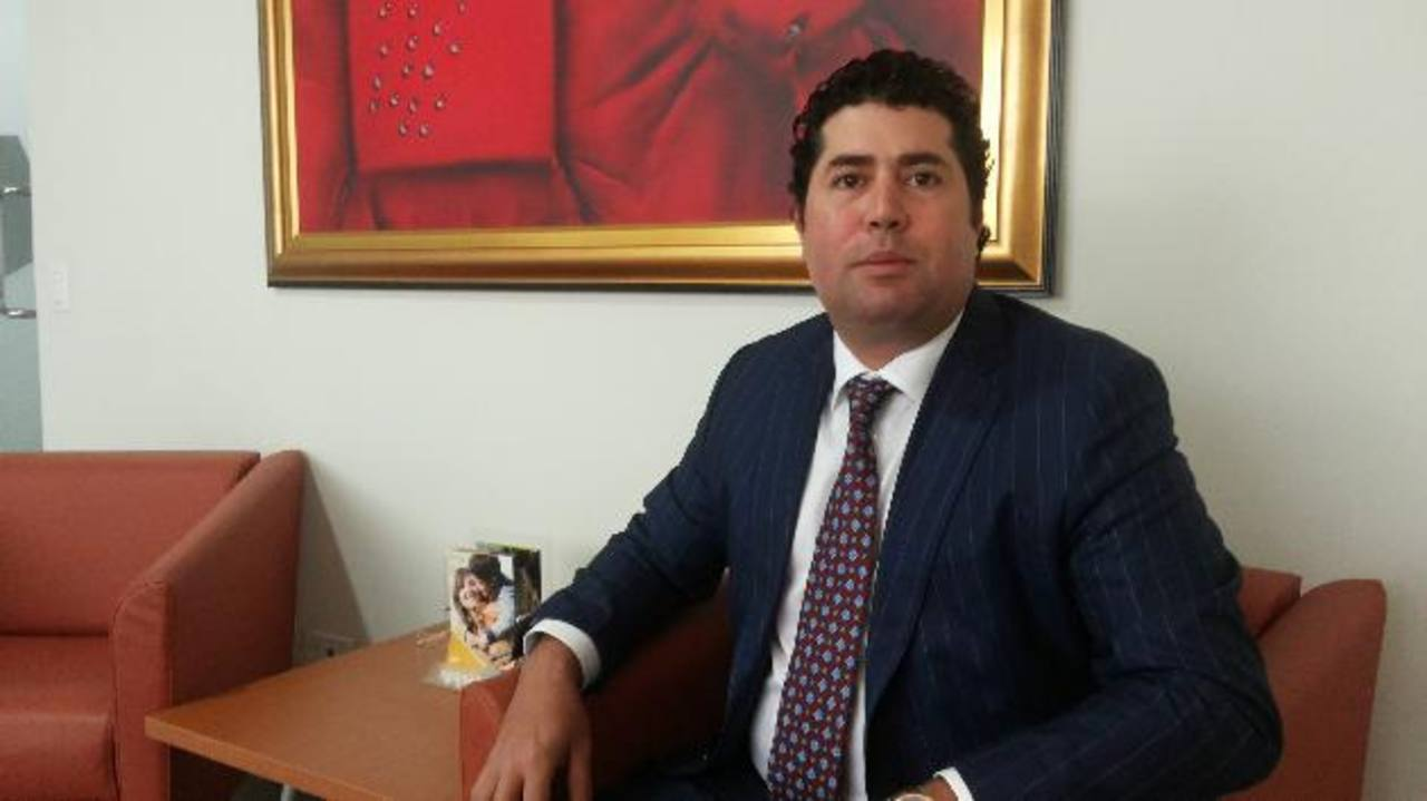 José Carlos Zablah, presidente de Seguros Vivir, anunció la capitalización. foto edh / Rodolfo Ortiz.