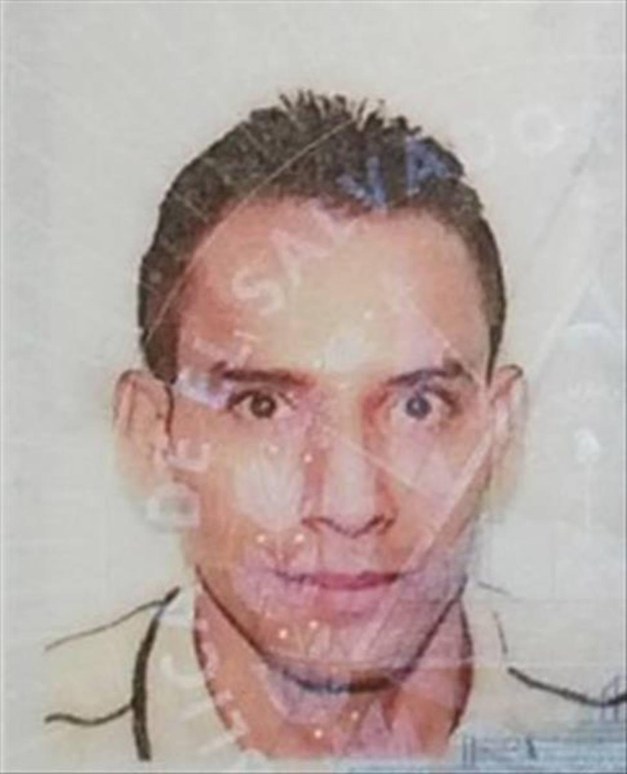 Salvador Isaías Colocho, maestro de karate y artesano de Soyapango.