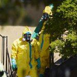 """EE.UU. sitúa a 10 personas """"en alto riesgo"""" por contacto con enfermo de ébola"""