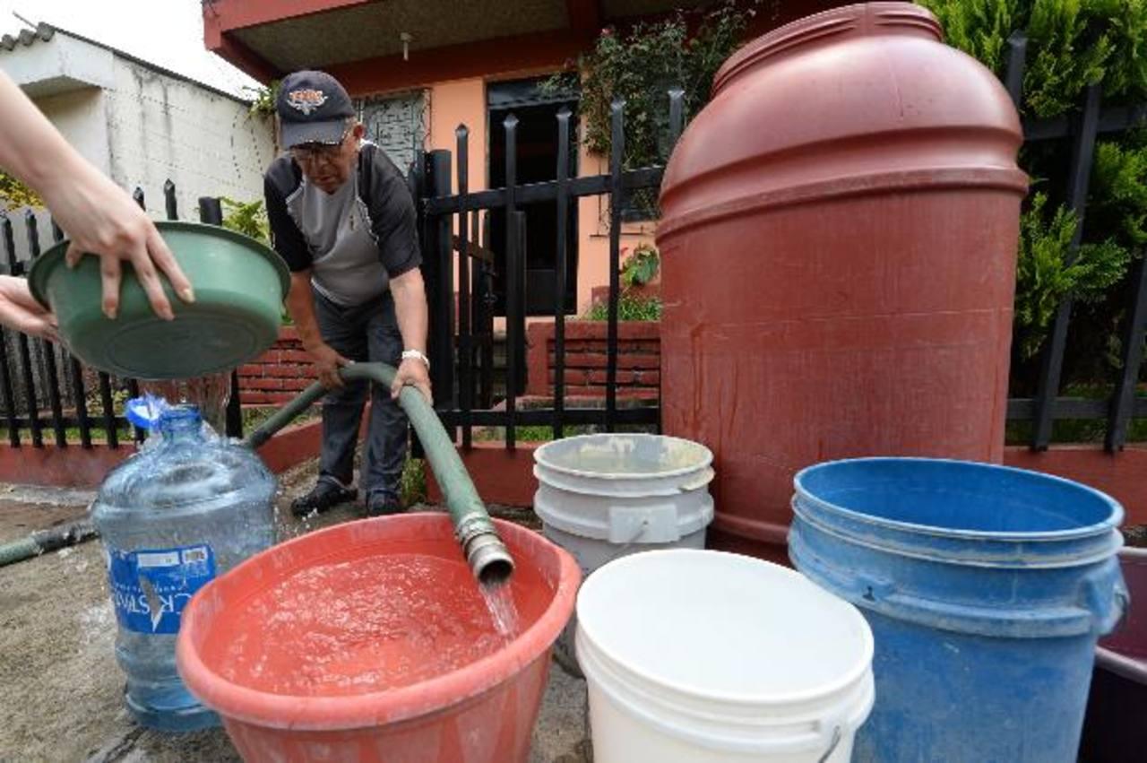El servicio de agua potable será irregular en San Salvador