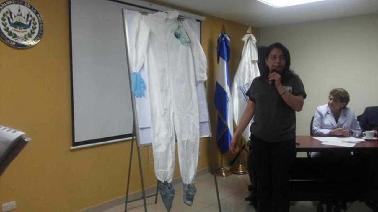 El Salvador ha activado sus protocolos de seguridad por el ébola.