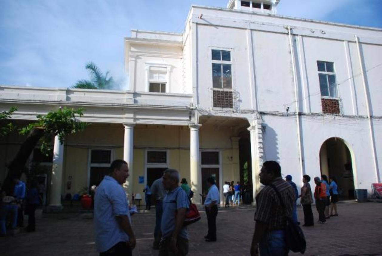 El palacio municipal está sin el servicio de agua, según indicaron las autoridades edilicias de Usulután. foto edh / lucinda quintanilla