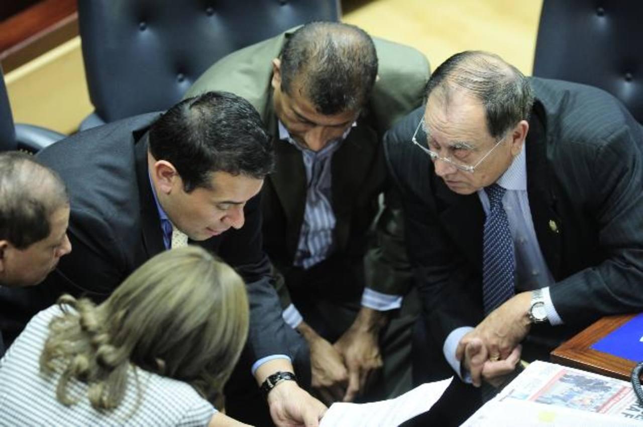 Los diputados tránsfugas seguirán funcionando como fracción en el espacio asignado en la Asamblea. foto edh / archivo