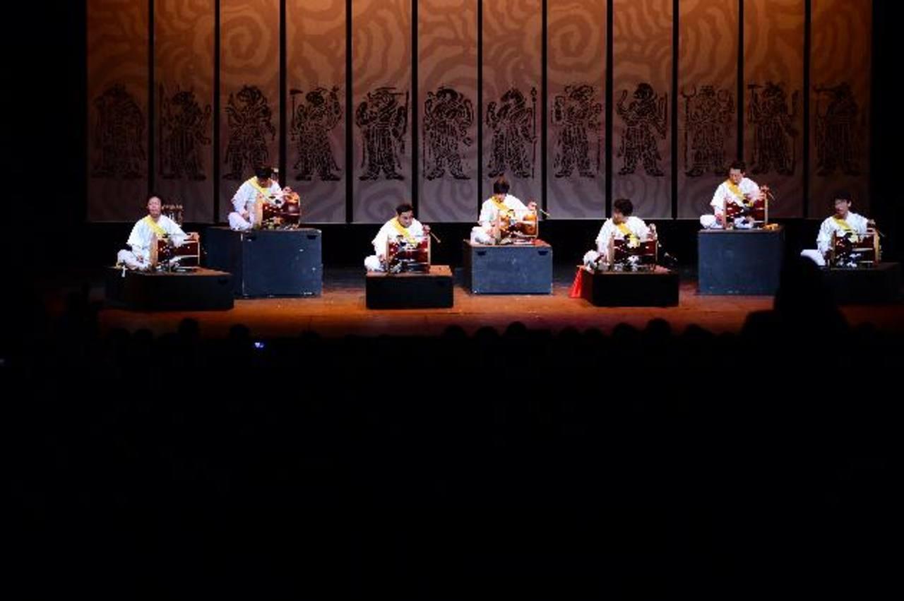 La Academia de Música Tradicional durante su presentación. Fotos EDH / Jorge Reyes.