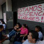 Fotos: Personal de Bomberos e Imprenta Nacional se suman a paro de Gobernación