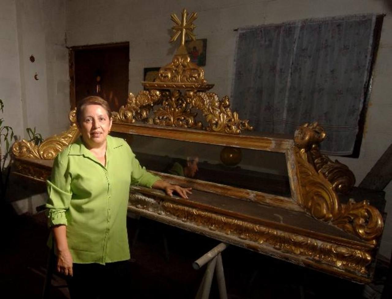Leticia de Escobar se especializó en la restauración de piezas elaboradas en madera y cerámica, entre otros.