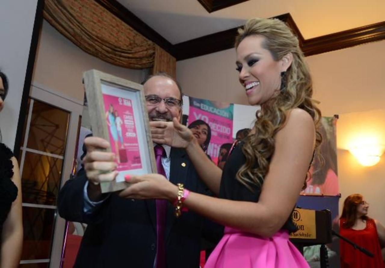 Plan agradeció a los embajadores de esta iniciativa, entre ellos la presentadora Luciana Sandoval. fotos edh / mauricio cáceres
