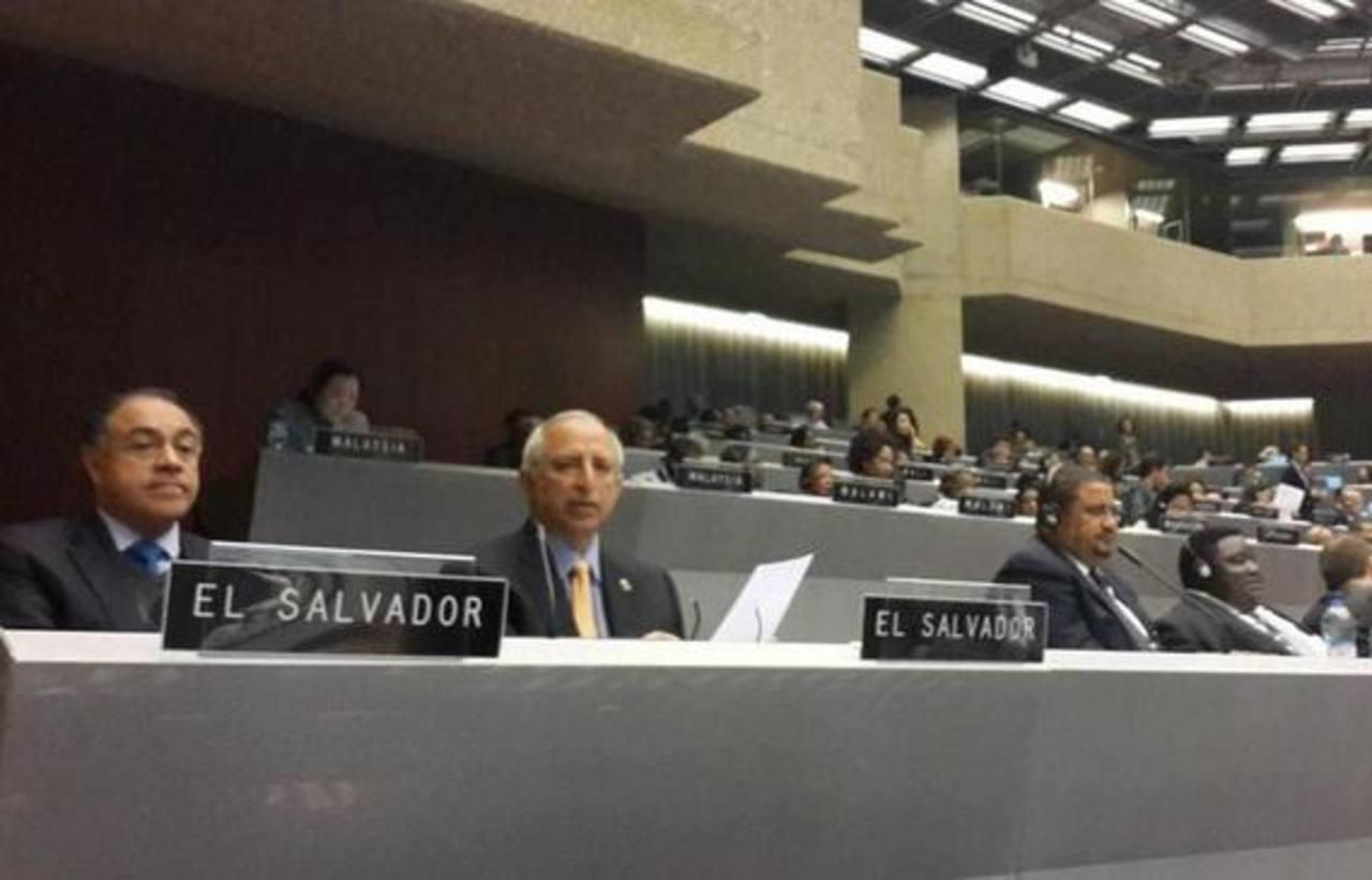 Francisco Merino, del PCN, y Sigfrido Reyes
