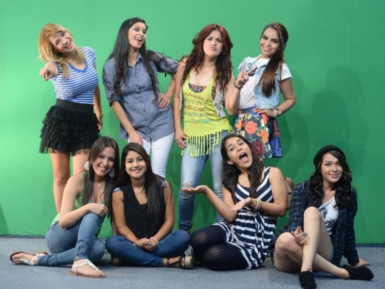 """Glenda Escobar, Amy Mejía, Cristina Hernández, Aneyda López, Vanessa López, Memi García, Ashley López y María José Guzmán buscan sustitutir a """"Majo"""" en Aló 33."""