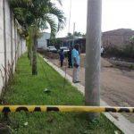 Tramo de calle de la colonia Santa Carlota, en Quezaltepeque, donde ayer fue acribillada Zulma Gutiérrez. Foto EDH / Jorge B.