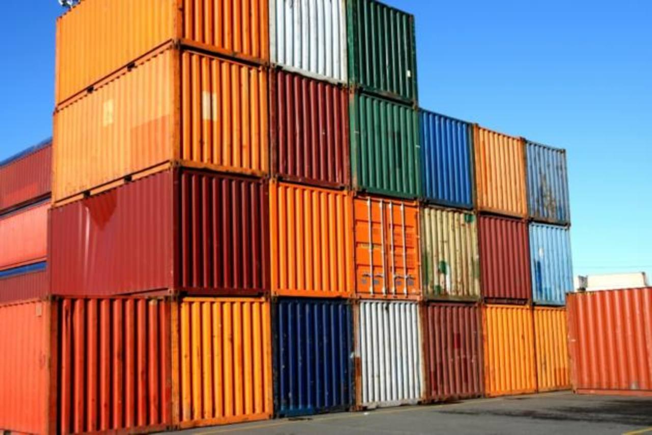 La industria de transporte marítimo de contenedores se consolida.