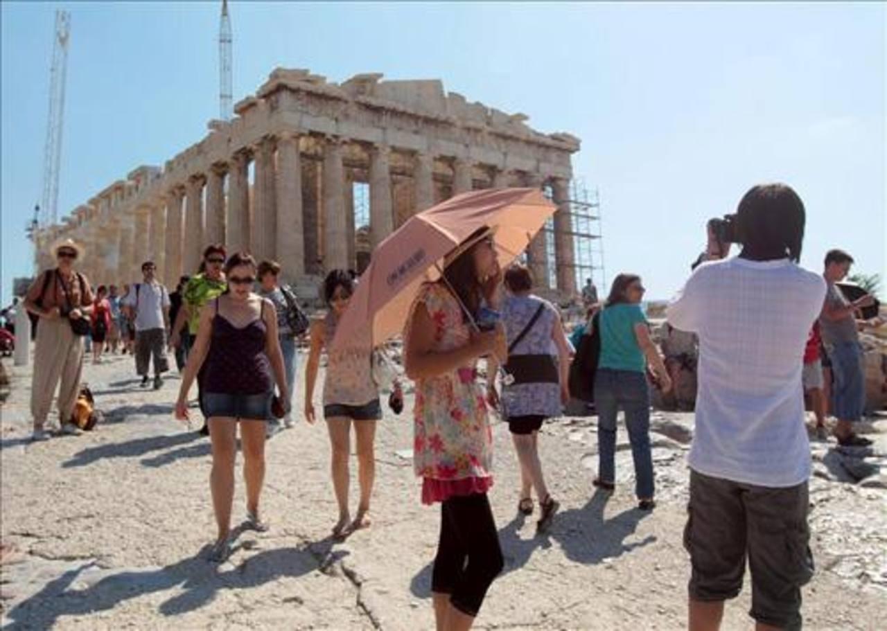 Grecia emerge de la crisis for Oficina de turismo de grecia