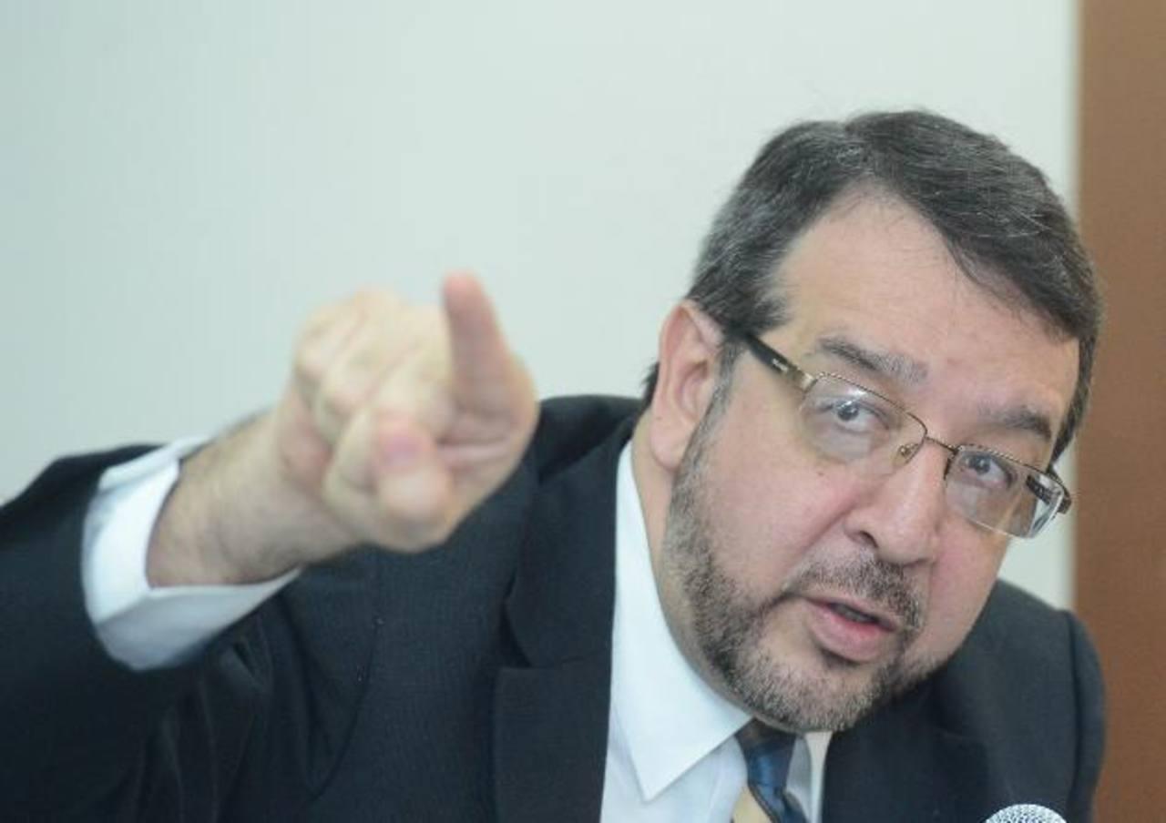 El director de Medicina Legal, José Miguel Fortín Magaña. Foto EDH