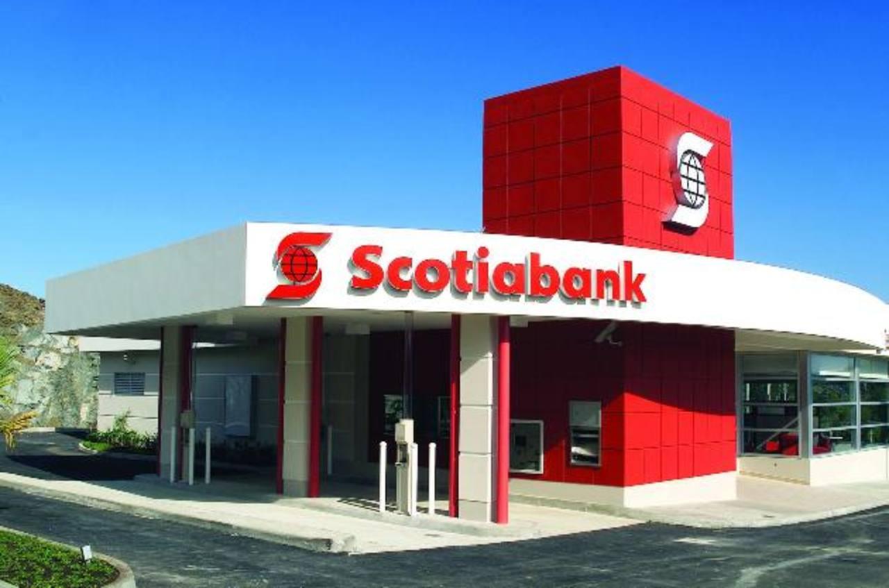 Scotiabank venderá cartera a Santander en México