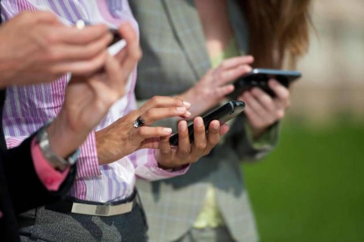 Más de la mitad de los usuarios en el mundo emplean, en forma alternativa, varios dispositivos para estar en línea.