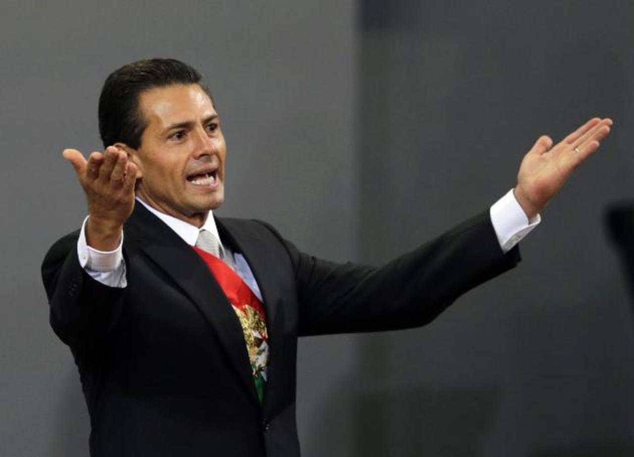 Enrique Peña Nieto tiene ingresos anuales netos de 250,000 dólares y también posee joyas y obras de arte, que junto con muebles de casa, suman un monto de 500,000 dólares.