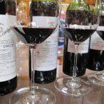 Vega Sicilia es uno de los vinos españoles más reconocidos a nivel internacional. Está localizado en la Denominación de Origen Ribera del Duero, en Valladolid.